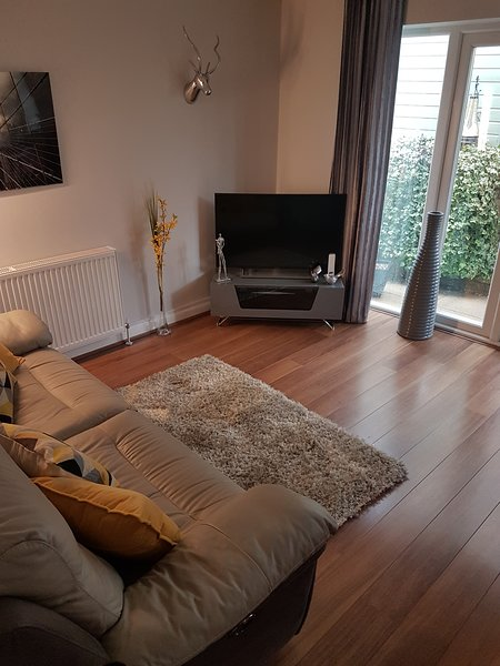 ONE BEDROOM APARTMENT WITNEY NEAR COTSWOLDS