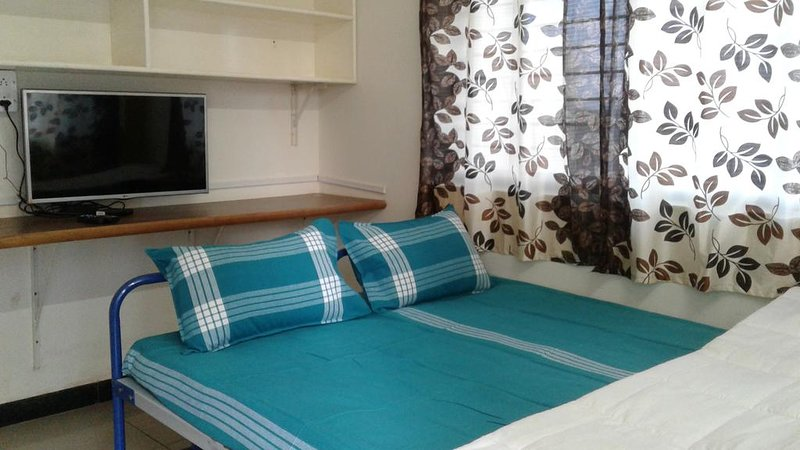 Sattur Guesthouse DBL 1, vacation rental in Dharwad District