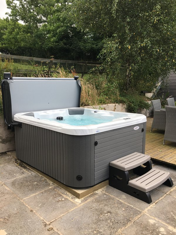 Enjoy the views and stars in your private hot tub