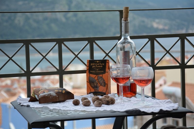 Catherine's apartments, vacation rental in Kefalonia