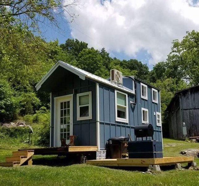 Swell Tiny House Getaway In The Smokies Has Parking And Internet Download Free Architecture Designs Estepponolmadebymaigaardcom