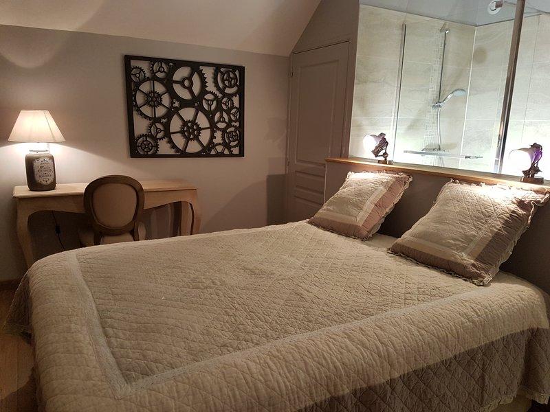 room, bed