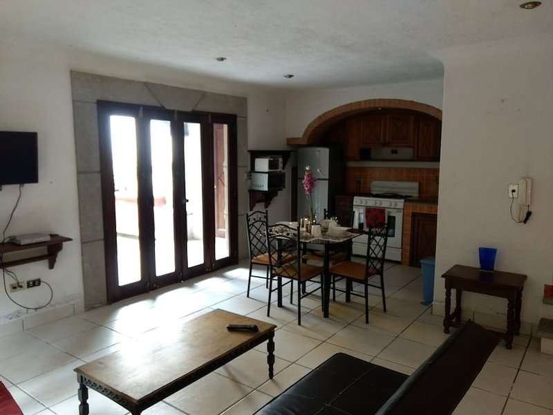 Beautiful 17th century style apartment, holiday rental in Mixco