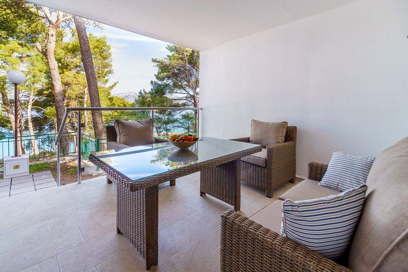 Lumbarda Resort Apartment Driftwood, holiday rental in Korcula Island