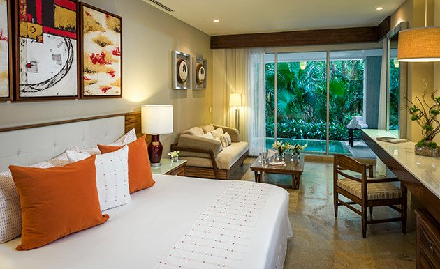 The Grand Bliss-Two Bedroom Suite, holiday rental in El Hijo Prodigo