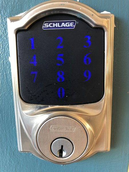 Keypad to access the property