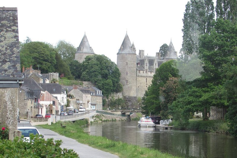 The stunning medieval chateau at Josselin