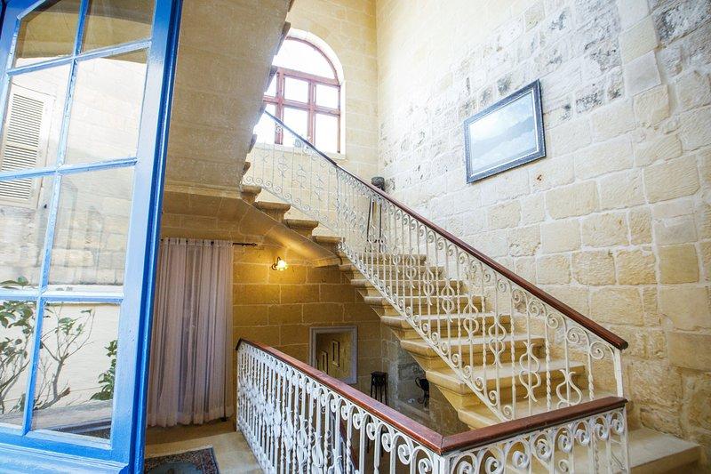 Ikhaya Lami - Queen Room, holiday rental in Victoria