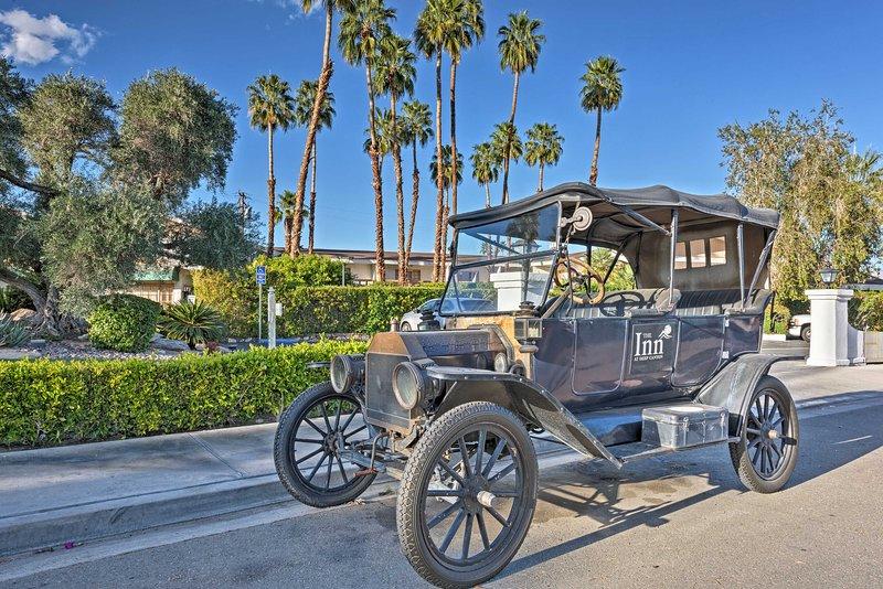 This duplex makes for a fantastic Palm Desert getaway!