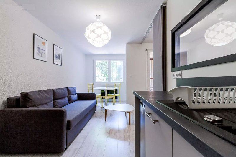 T2 design hypercentre Capitole, holiday rental in Toulouse