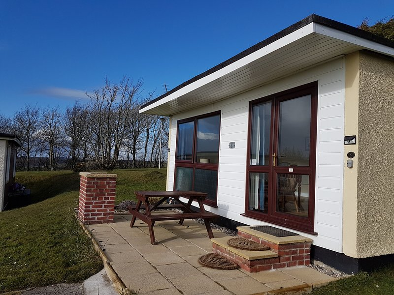 Kilkhampton/Bude chalet holiday. WiFi will be installed in chalet from 2021, holiday rental in Stibb