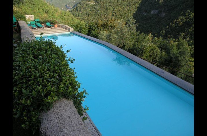 beautiful pool for people staying in the borgo