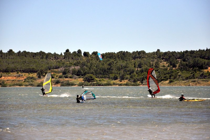 Windesurf at the Beach or at Leucate's Pond