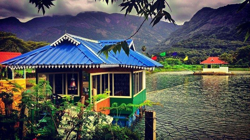HILL VIEW HOMESTAY Cottage BedRoom 11 – semesterbostad i Palakkad