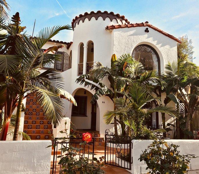 Casa de Las Palmas, wieder in seinem früheren 1930 Spanisch charm.Beach 280 Schritte entfernt!
