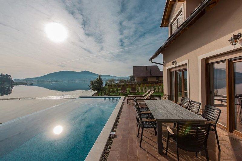 Ferienhaus 4317-1 für 10 Pers. in Ogulin, holiday rental in Otok Ostarijski