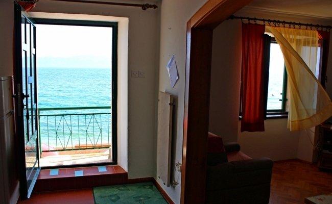Ferienhaus 3772-1 für 4+4 Pers. in Brist, vacation rental in Brist