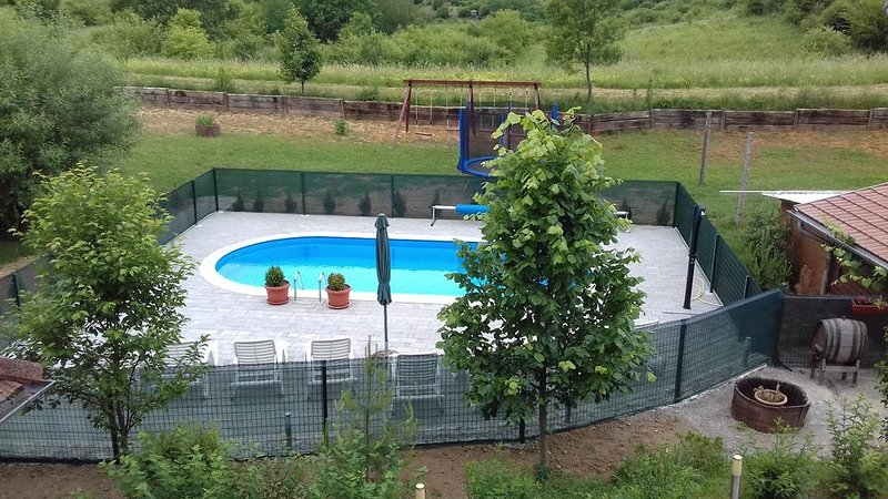 Studioapartment 4342-6 für 2+1 Pers. in Rakovica, holiday rental in Rakovica