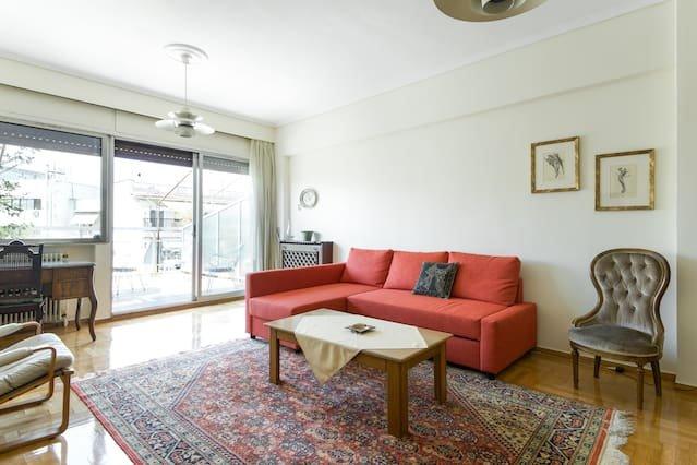 Sunny   apartement -city centre