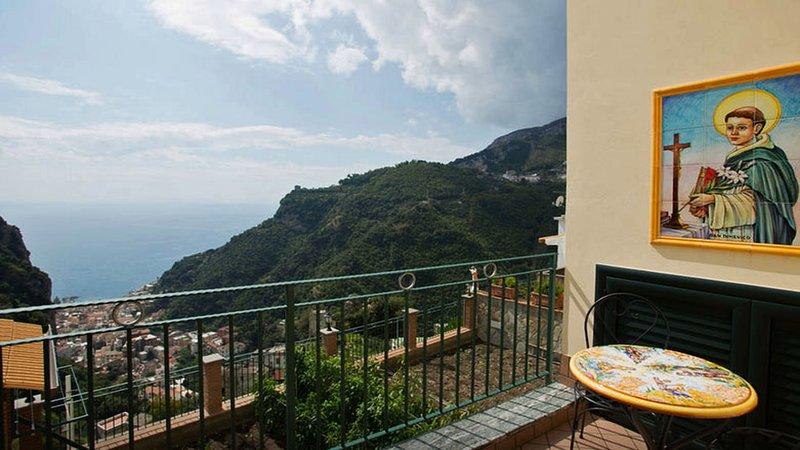 CASA CAPRI Pontone/Scala - Amalfi Coast, holiday rental in Scala