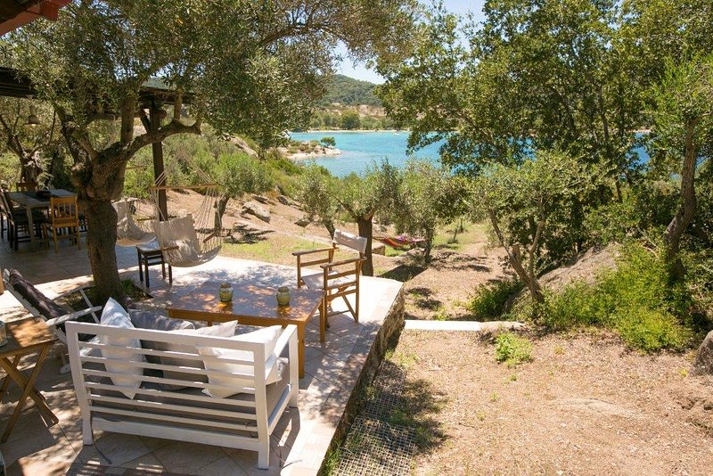Quintessence Home Lagonissi, holiday rental in Vourvourou
