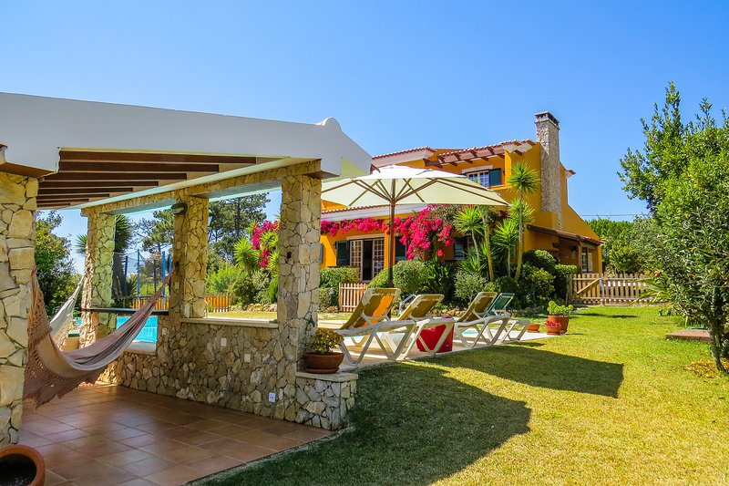 Pêra Miúda Villa - Countryside & Beach House, vacation rental in Ericeira