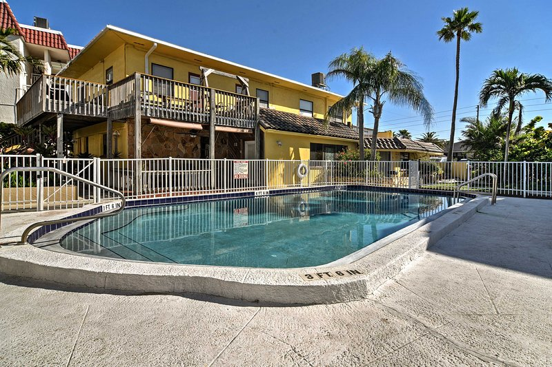 Breezy Belleair Beach Condo - 12 Steps to Shore!, vacation rental in Belleair Beach