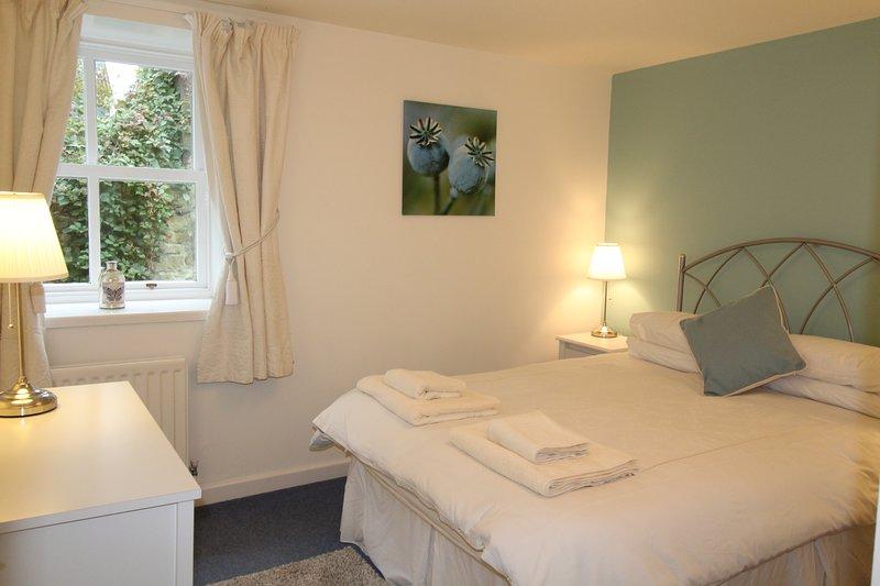 Pele Cottage Bedroom 1