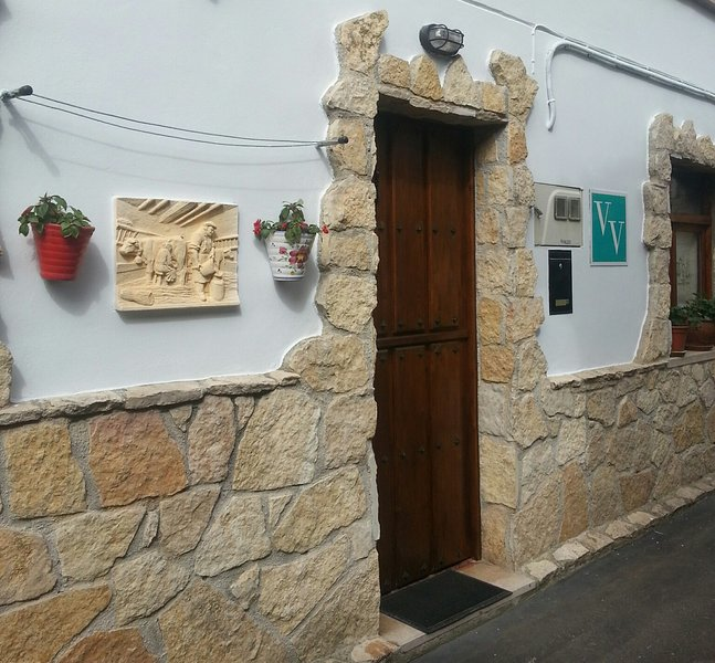 V.V. CASA MONES, holiday rental in Cardes