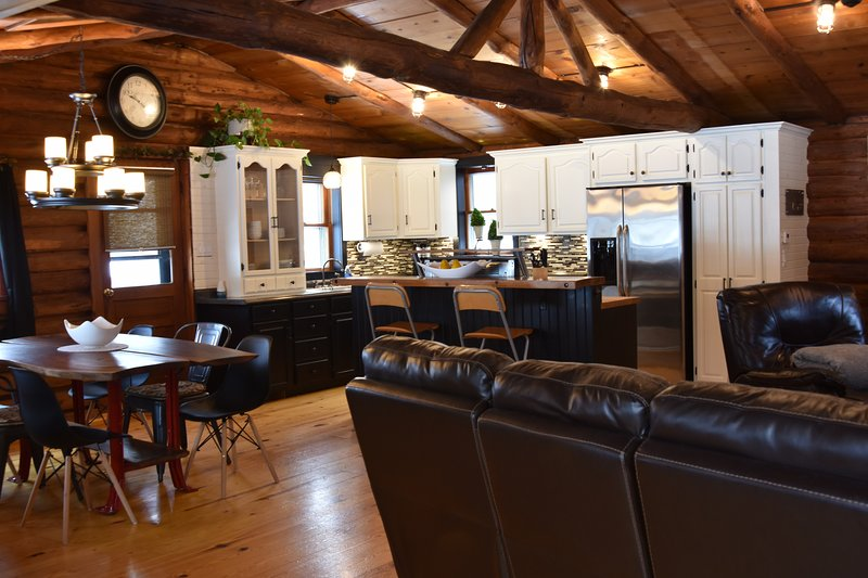 UPDATED 2020 - Contemporary Cabin near Pine Creek and ...