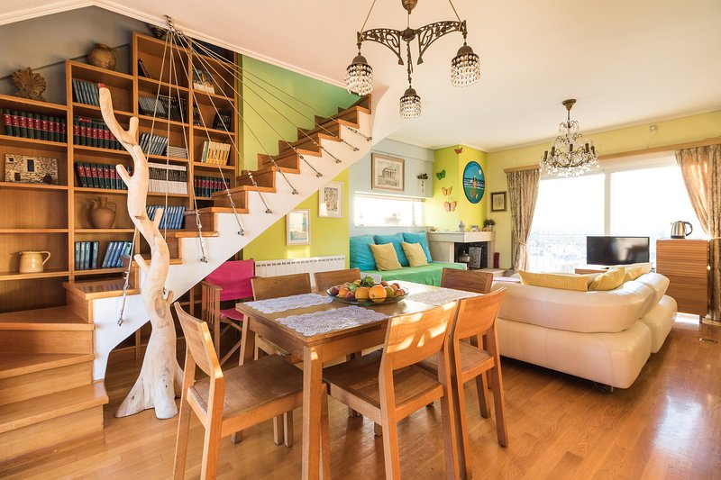 A Luxury Maisonette with Sea View 2, holiday rental in Athens