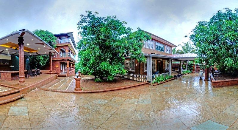 MangoTreeResort / Family Villa, holiday rental in Kharepatan