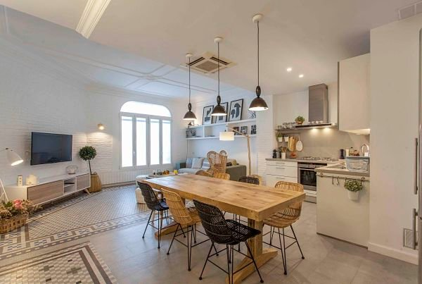 Luxury apartment renovated and furnished in style, in Ensanche in Valencia, holiday rental in Rugat