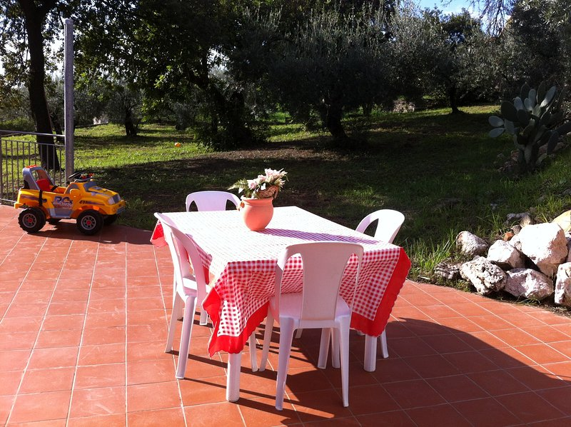 Nice cottage next to Formia with sea view between Rome and Naples, vacation rental in Spigno Saturnia