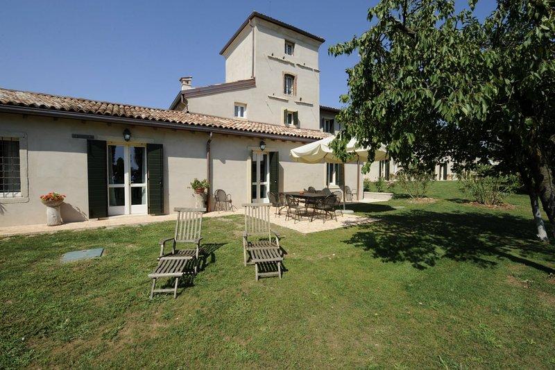 La Colombella, holiday rental in Castelnuovo del Garda