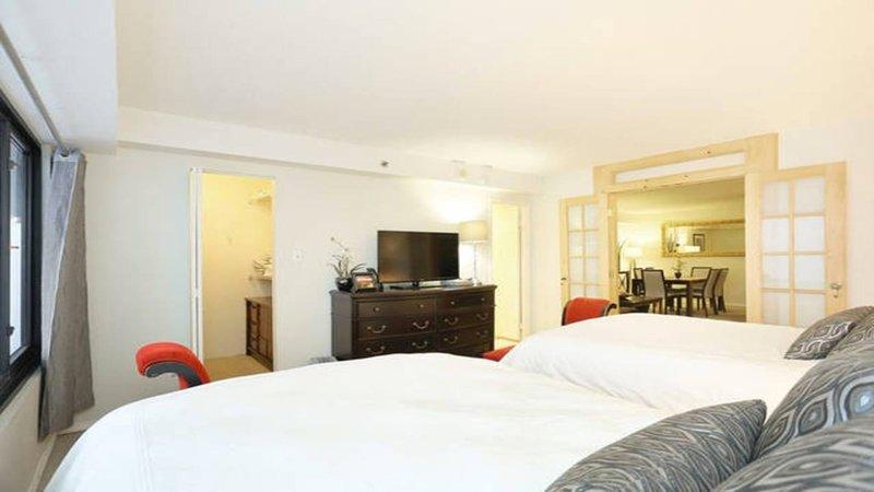 espaçosas suites acolhedores e elegantemente decorados.