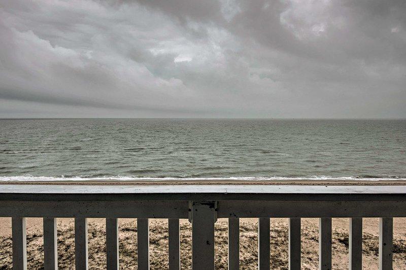 This coastal casa boasts unobstructed ocean views.