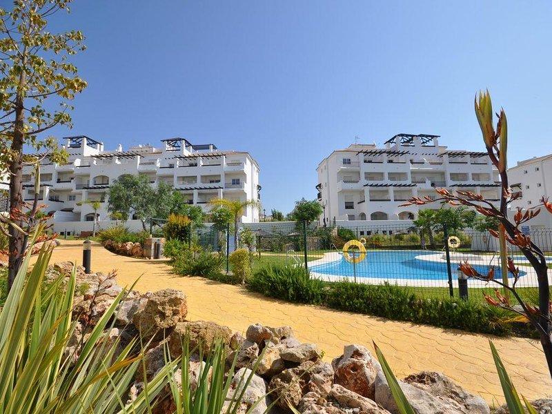 Lovely Apartment near to Duquesa Port, aluguéis de temporada em San Luis de Sabinillas
