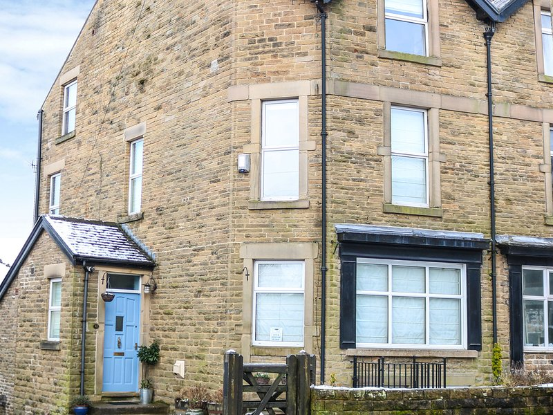 32A, Peak District National Park, open-plan, WiFi, Ref 26869, holiday rental in Buxton