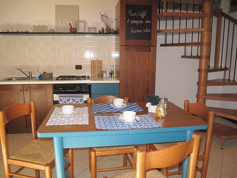 A Casa di Sole 3, vacation rental in Brovello-Carpugnino