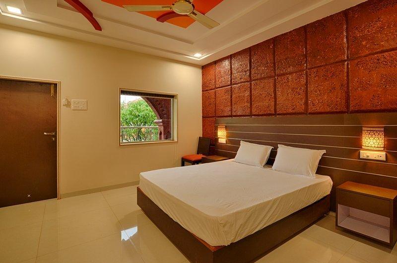 MangoTreeResort / Deluxe - Bedroom #1, vakantiewoning in Sindhudurg District