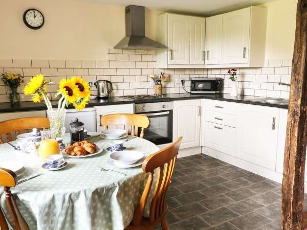 Raven Cottage, vacation rental in Llanwrtyd Wells