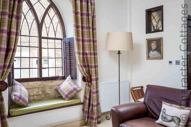 Hermosas ventanas de estilo gótico
