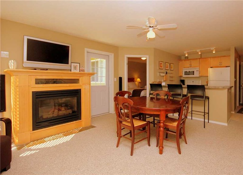 Timberline Lodges - 225 Spruce, holiday rental in Jaffray