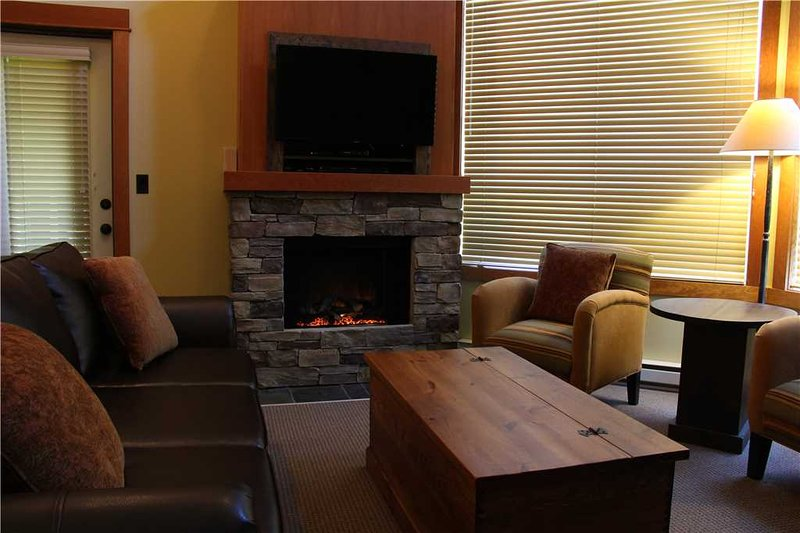 Timberline Lodges - 647A Juniper, holiday rental in Jaffray