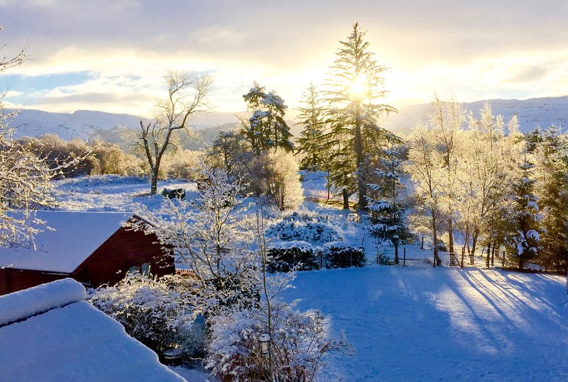 Hill cottage cabins, holiday rental in Invermoriston