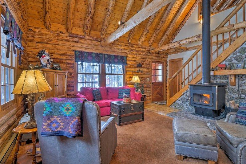 Das charmante Ferienhaus verfügt über 3 Schlafzimmer und 2 Bäder.