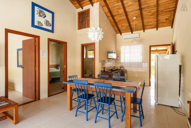 APARTAMENTO A BEIRA DO MAR DA GAMBOA GAROPABA NAVY, vacation rental in Garopaba
