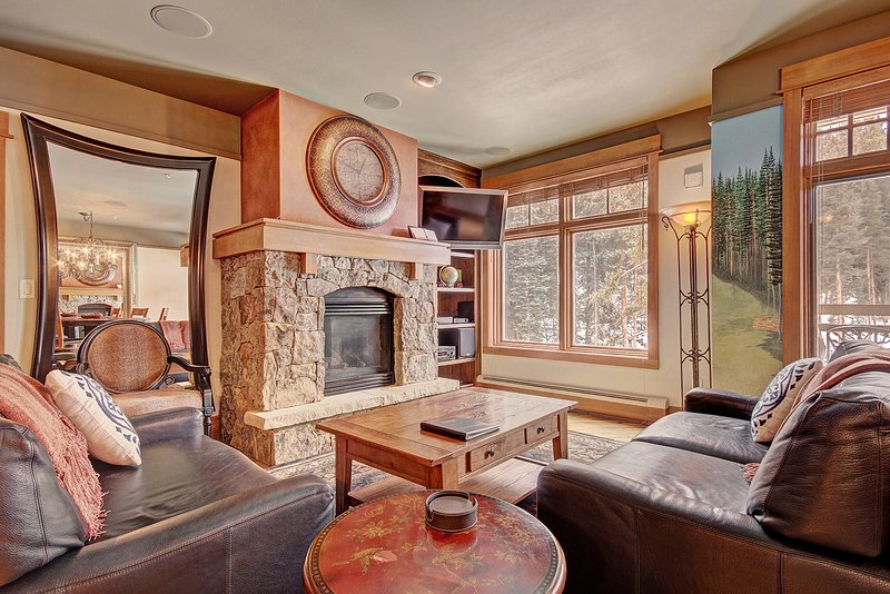 SkyRun Property - '3044 Lone Eagle' - Living Room