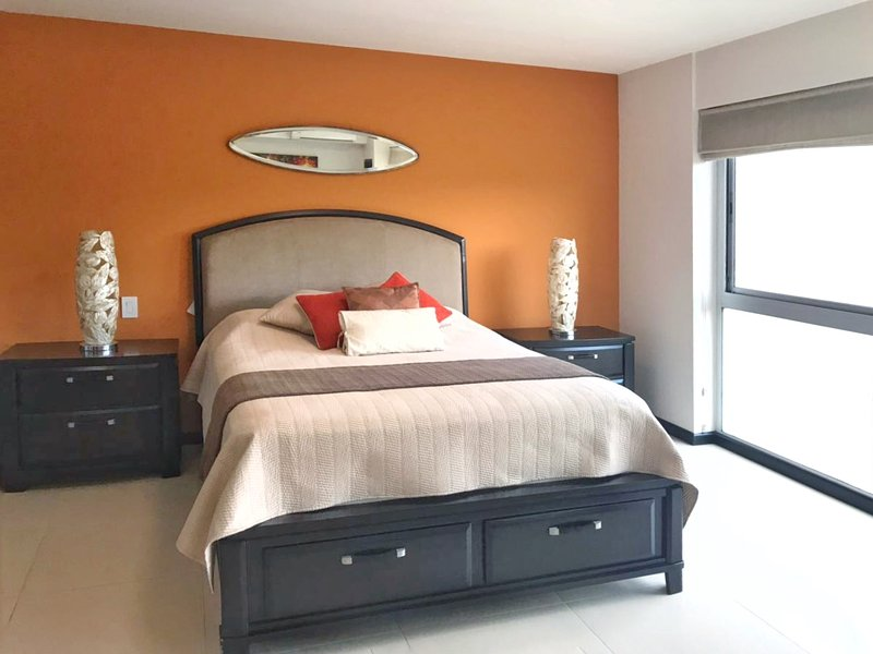 Elegant and new studio apartment, location de vacances à San José